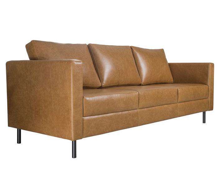 sofá em couro lyon 3 lugares 108907 sofá em couro natural caramelo contemporâneo pés metal 1