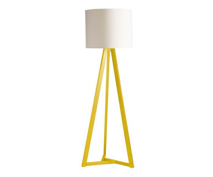 luminária de piso em madeira tria 034301 luminária de piso em madeira tria amarela