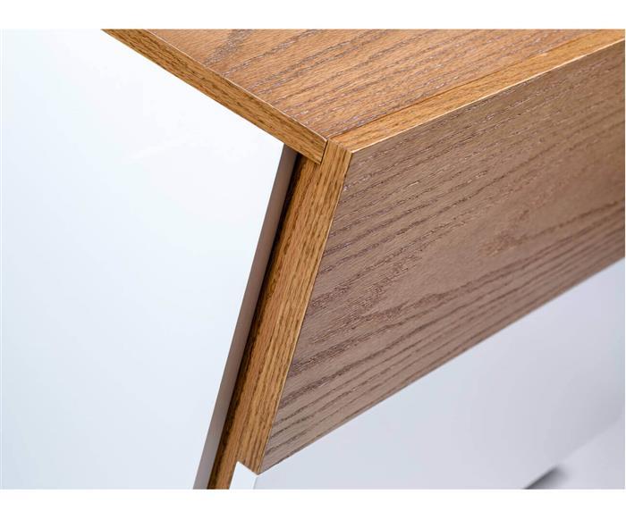 mesa de cabeceira em laca e madeira luv 1276 mesa de cabeceira em laca e madeira luv